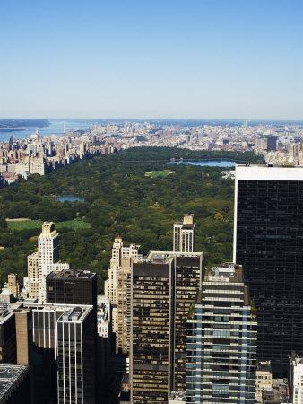 https://imgc.allpostersimages.com/img/posters/high-view-of-central-park-and-upper-manhattan-new-york-city-new-york-usa_u-L-P1KCD80.jpg?p=0