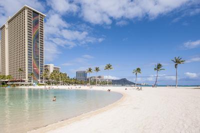 https://imgc.allpostersimages.com/img/posters/hilton-lagoon-waikiki-beach-waikiki-honolulu-oahu-hawaii_u-L-Q13BVLZ0.jpg?p=0