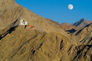 Himalayan Landscape, Tibetan Buddhism (Tantric B., Vajrayana): Namgyal Tsemo Gompa (Monastery)…