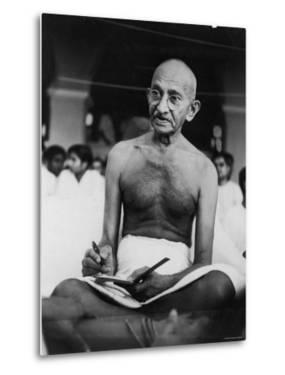 Hindu Nationalist Leader Mohandas Gandhi