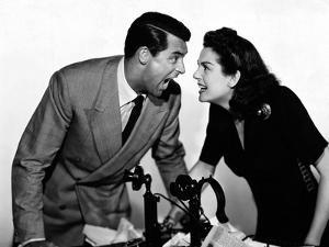 HIS GIRL FRIDAY, 1940 directed by HOWARD HAWKS Cary Grant and Rosalind Russell (b/w photo)