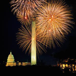 Fourth of July Fireworks, Washington DC by Hisham Ibrahim