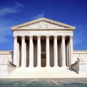 US Supreme Court Building, Washington Dc, USA by Hisham Ibrahim