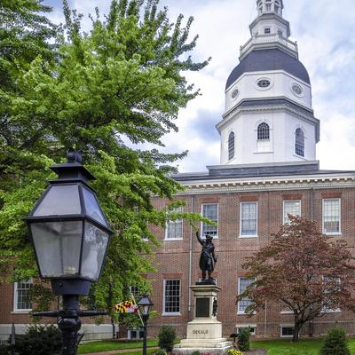 https://imgc.allpostersimages.com/img/posters/historic-maryland-state-house-in-annapolis-maryland_u-L-PU3EGF0.jpg?p=0