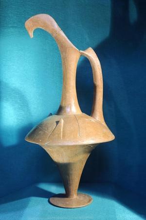 https://imgc.allpostersimages.com/img/posters/hittite-clay-jug-from-ferzant-turkey_u-L-POPTG70.jpg?p=0