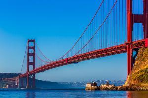 San Francisco Golden Gate Bridge California USA by holbox