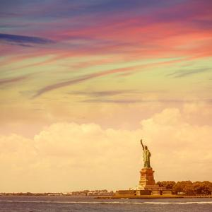 Statue of Liberty New York American Symbol USA US by holbox