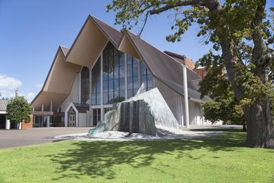 https://imgc.allpostersimages.com/img/posters/holy-trinity-cathedral-parnell-auckland-north-island-new-zealand-pacific_u-L-PQ8RJZ0.jpg?p=0