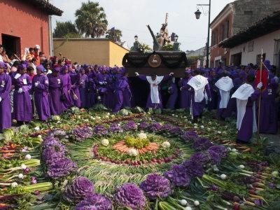 https://imgc.allpostersimages.com/img/posters/holy-week-procession-antigua-guatemala-central-america_u-L-P91P7J0.jpg?p=0