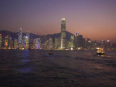 https://imgc.allpostersimages.com/img/posters/hong-kong-island-skyline-and-victoria-harbour-at-dusk-hong-kong-china_u-L-P7NUJK0.jpg?p=0