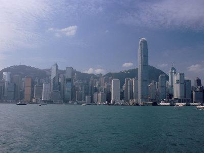 https://imgc.allpostersimages.com/img/posters/hong-kong-skyline-and-victoria-harbour-hong-kong-china_u-L-P1K0E20.jpg?p=0