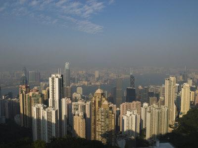 https://imgc.allpostersimages.com/img/posters/hong-kong-skyline-from-victoria-peak-hong-kong-china_u-L-P7NUOW0.jpg?p=0