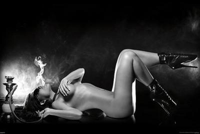 Hooka Girl Pin-Up