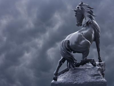 https://imgc.allpostersimages.com/img/posters/horse-sculpture-against-storm-clouds-at-entrance-of-musee-d-orsay-paris-france_u-L-P248KR0.jpg?artPerspective=n