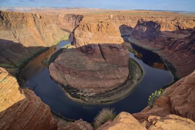 https://imgc.allpostersimages.com/img/posters/horseshoe-bend-colorado-river-near-page-arizona-united-states-of-america-north-america_u-L-PQ8R0Z0.jpg?p=0