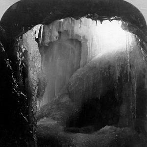 Horseshoe Grotto, Niagara Falls, Usa