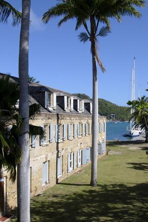 https://imgc.allpostersimages.com/img/posters/hotel-at-nelsons-dockyard-antigua-leeward-islands-west-indies-caribbean-central-america_u-L-PQ8NNN0.jpg?p=0