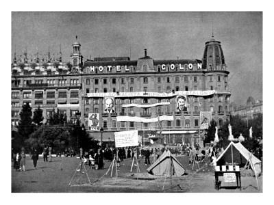 https://imgc.allpostersimages.com/img/posters/hotel-colon-barcelona-spanish-civil-war-1936_u-L-P9SHB10.jpg?p=0