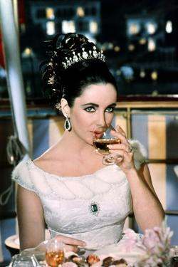 Hotel International THE V.I.P.S d'Anthony Asquith with Elizabeth Taylor, 1963