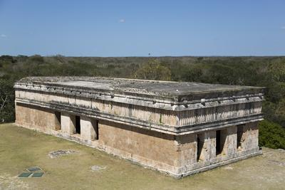https://imgc.allpostersimages.com/img/posters/house-of-turtles-uxmal-mayan-archaeological-site-yucatan-mexico-north-america_u-L-PWFMZI0.jpg?p=0