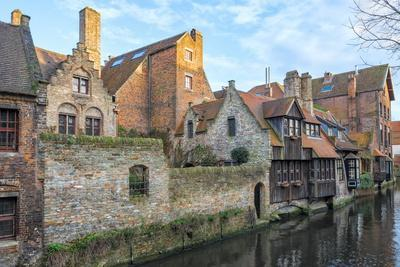 https://imgc.allpostersimages.com/img/posters/houses-along-a-canal-historic-center-of-bruges-unesco-world-heritage-site-belgium-europe_u-L-PQ8QEN0.jpg?p=0