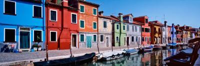 https://imgc.allpostersimages.com/img/posters/houses-at-the-waterfront-burano-venetian-lagoon-venice-italy_u-L-P9M5HH0.jpg?artPerspective=n