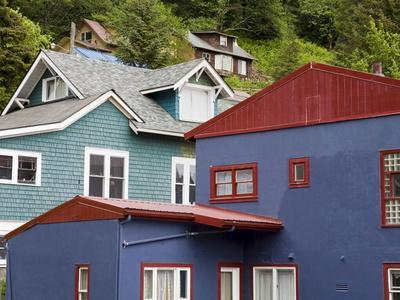 https://imgc.allpostersimages.com/img/posters/houses-in-juneau-southeast-alaska-usa_u-L-PFNN4E0.jpg?p=0