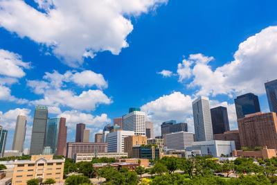 https://imgc.allpostersimages.com/img/posters/houston-skyline-from-south-in-texas-us-usa_u-L-Q105K4F0.jpg?p=0
