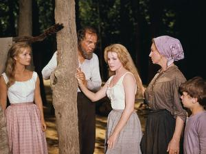 HOW THE WEST WAS WON, 1962 directed by HENRY HATHAWAY (The River) Debbie Reynolds, Karl Malden, Car