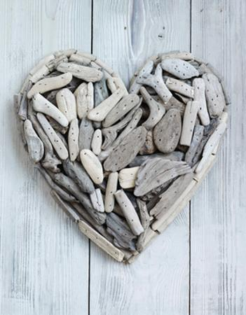 Driftwood Heart by Howard Shooter