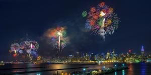 Celebration of Independence Day in Nyc by Hua Zhu