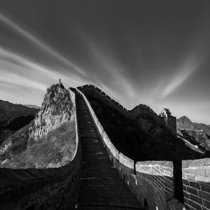 Photographing the Great Wall by Hua Zhu