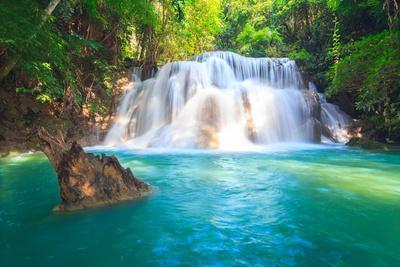 https://imgc.allpostersimages.com/img/posters/huai-mae-khamin-waterfall_u-L-Q105K720.jpg?p=0