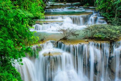 https://imgc.allpostersimages.com/img/posters/huay-mae-khamin-waterfall-flowing-water-paradise-in-thailand_u-L-Q105K2G0.jpg?p=0