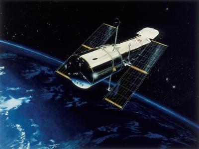 https://imgc.allpostersimages.com/img/posters/hubble-space-telescope-in-orbit-1980s_u-L-PTUZ5N0.jpg?artPerspective=n