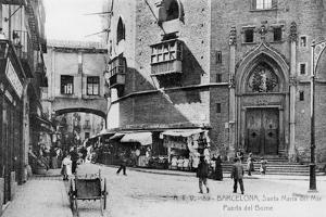 Barcelona Street Scene by Hulton Archive