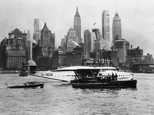 Dornier in New York by Hulton Archive