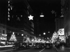 Los Angeles Christmas by Hulton Archive