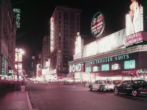 Times Square by Hulton Archive