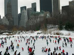 Hundreds of Ice Skaters Crowd Wollman Rink