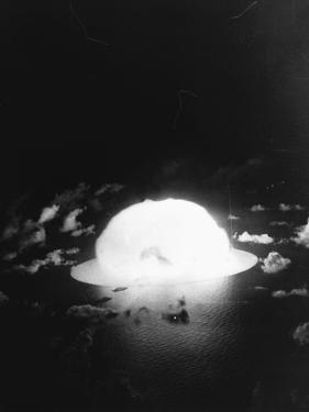 Hydrogen Bomb Test at Enewetak Atoll