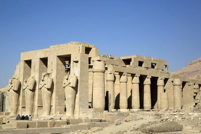 https://imgc.allpostersimages.com/img/posters/hypostyle-hall-the-ramesseum-luxor-west-bank-thebes-egypt-north-africa-africa_u-L-PWFR0U0.jpg?p=0