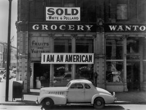 I Am an American Sign on a Store Front