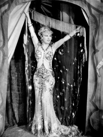 https://imgc.allpostersimages.com/img/posters/i-m-no-angel-mae-west-1933_u-L-PH3FJI0.jpg?artPerspective=n