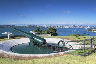 Disappearing Gun and Auckland Skyline