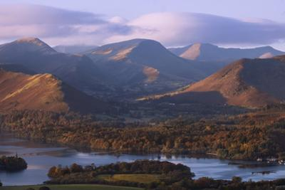 View over Derwentwater of Newlands Valley, Lake District Nat'l Pk, Cumbria, England, UK by Ian Egner