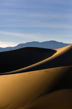 Death Valley NP, CA: Mesquite Sand Dunes Near Stovepipe Wells, Hikers Along The 100 Foot Tall Dunes by Ian Shive