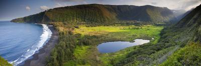 Island of Hawaii, Hawaii: Elevated View of Waipio Valley.