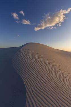 White Sands National Monument, New Mexico by Ian Shive