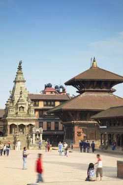 Durbar Square, Bhaktapur, UNESCO World Heritage Site, Kathmandu Valley, Nepal, Asia by Ian Trower